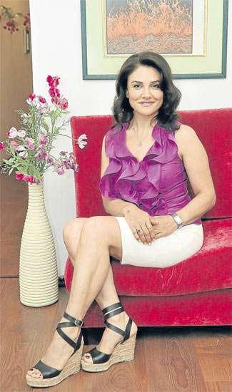 Dr.Roya Sharghi